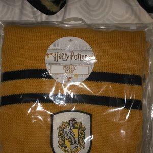 Hufflepuff scarf.